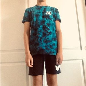 American Eagle Men's  Blue Tie-dye Tee